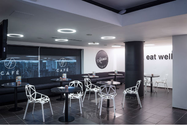 holmes place marousi cafeteria